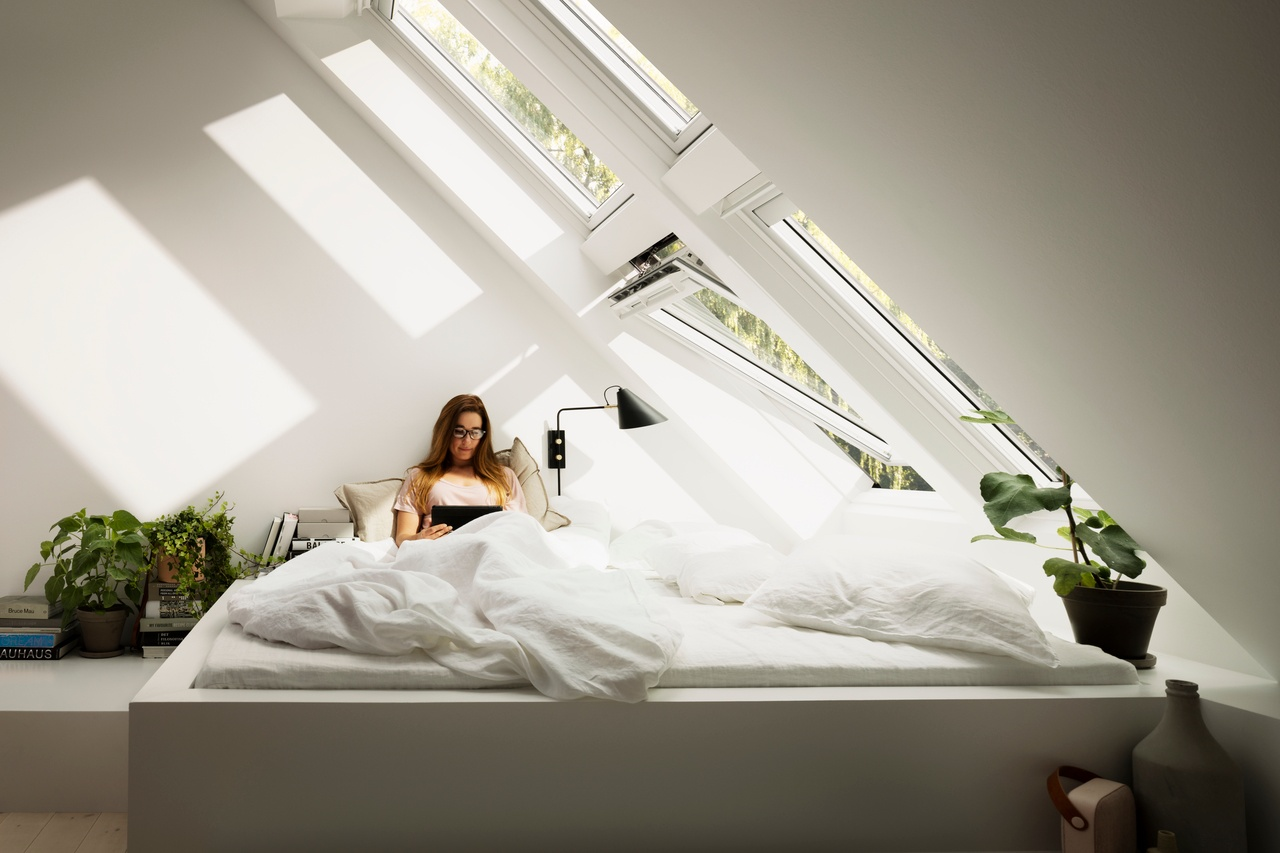 Rady, jak správně uspořádat ložnici v podkroví