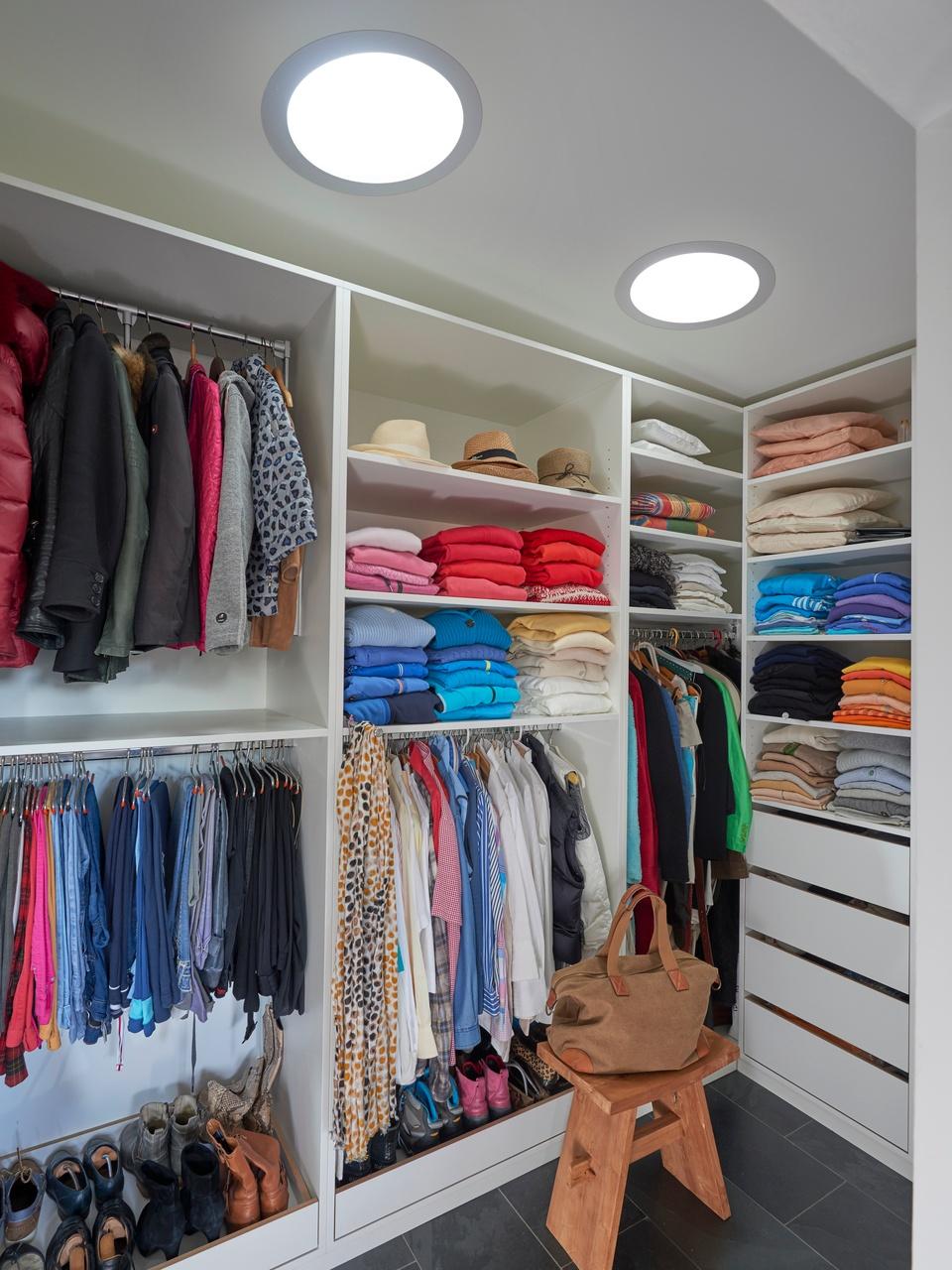 Vytvořte si šatnu v podkroví podle svých představ